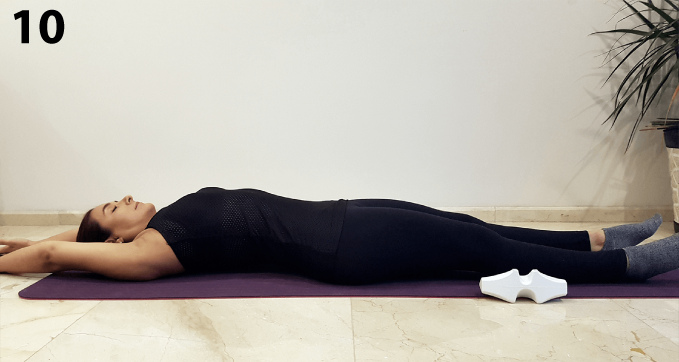 Al terminar el trabajo en la zona torácica, retira CORDUS. Para reactivar el tono muscular en esta zona, estira piernas y brazos por detrás de la cabeza y con un esfuerzo de 20-30% mantén el estiramiento en todo el cuerpo por 10-15 s.